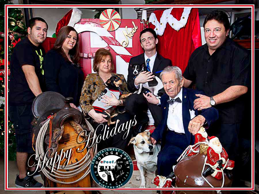 family portraits for the holidays by juan carlos we offer free canvases for the first 100 families